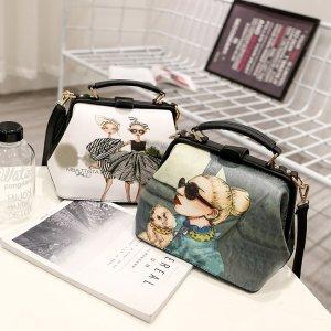 2017夏季新款女士包袋单肩斜挎手提医生包软面喷涂可爱时尚医生包PD09